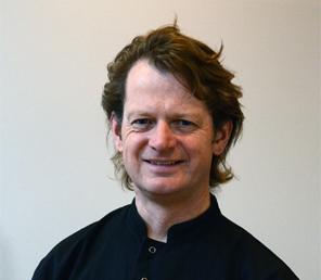 Timothy Martin – Consultant Maxillofacial Oral Surgeon